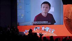 Akcie Alibaby při debutu v Hongkongu rostou. Kód firmy 9988 může symbolizovat 'věčný blahobyt'