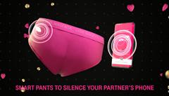 V Německu se stalo hitem 'chytré prádlo' s čipem, pomáhá upřednostnit lásku před posedlostí mobily