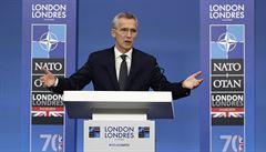 Odejdeme z Afghánistánu, až nastane pravý čas, uvedl tajemník NATO. Nechce ohrozit pokrok mírových jednání