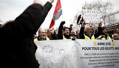 Francii opět ochromila stávka, nejezdily vlaky a silnice blokovaly kamiony. V řadě měst se manifestovalo