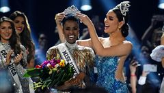 Novou Miss Universe je Jihoafričanka Zozibini Tunziová. Češka se mezi finalistky nedostala