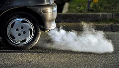 Bič na diesely může potrápit i Čechy. Německá města mohou zakázat vjezd starým autům
