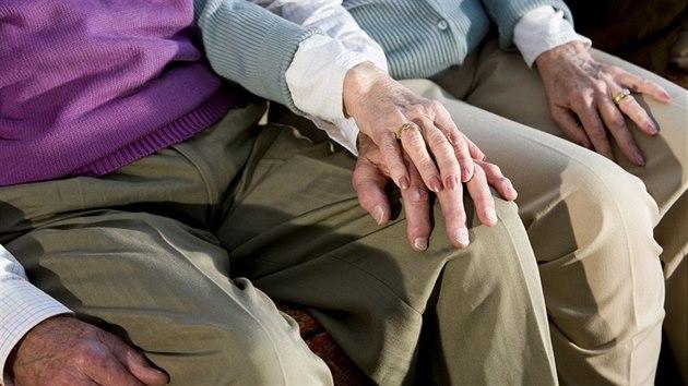 Psychologie pro každého: Ve stáří se snažte být aktivní. Budovat rezervní mozkovou kapacitu se vyplatí
