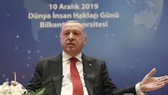 Turecký prezident Erdogan obvinil Rusko za masakr v Sýrii. Podle Kremlu neplní Istanbul svou povinnost