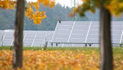 Části solárních elektráren se zřejmě zvýší daň o 10 procent, jejich podpora asi klesne