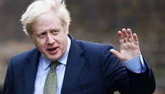 Premiér Johnson představil nový plán. Země v koronavirem zasažených místech zavře bary a tělocvičny či sázkové kanceláře