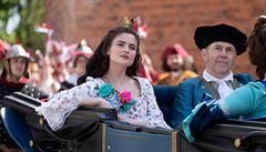 KABÁT: Kdyby Česká televize nevytáhla kostýmy princezen nebo strašidel, patrně by neproběhly Vánoce