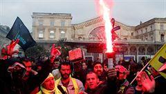 Stávka ve Francii přepisuje rekordy. Vrásky na čele dělá hlavně hoteliérům