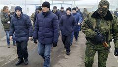 Válku nechceme, ale nemůžeme vyloučit žádný scénář, zní z Ukrajiny. U hranic se shlukuje přes 120 000 vojáků z Ruska