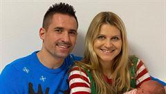 Messi trávil Vánoce v pyžamu Santy, Šafářová a Plekanec si nadělili pod stromek Leontýnku