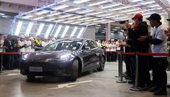 Auto za digitální peníze? Elektromobily Tesla už lze v USA koupit za bitcoiny, tvrdí Musk