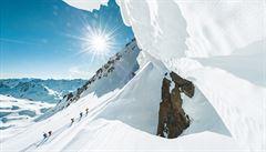 Vychutnejte si samotu a bílé ticho mezi ledovými štíty sevřených údolíček Arolly a Lötschentalu