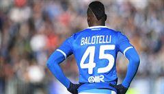 Balotelli je bez práce. Z Brescie ho vyhodili, byl prý ve špatné formě a nechodil na tréninky