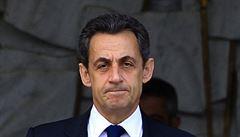 Jako první francouzský prezident 5. republiky stane Sarkozy před soudem za korupci. Obvinění odmítá