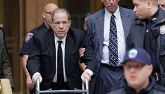 Odsouzený filmový producent Weinstein se nakazil koronavirem. Nyní se nachází v izolaci
