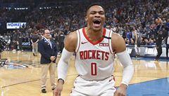 V NBA jsou další dva nakažení. Jedním z nich je hvězdný rozehrávač Westbrook