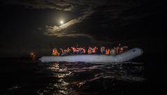 V Egejském moři zahynulo 11 migrantů, bylo mezi nimi osm dětí. Dalších osm se podařilo zachránit