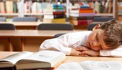 Zdřímnutí po učení má pozitivní vliv i na paměť malého dítěte