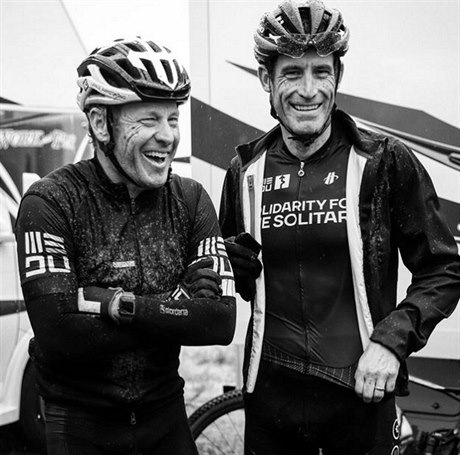 Lance Armstrong a George Hincapie.