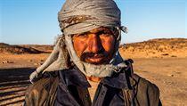 Na kole přes Arabský poloostrov: Datlové plantáže a holoubata k večeři v Saúdské Arábii