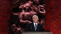 'Bojujte s rakovinou antisemitismu.' Putin, Macron i Babiš se účastnili fóra o holocaustu
