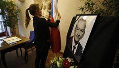 Příští pondělí bude vyhlášen státní smutek k uctění zesnulého předsedy Senátu Jaroslava Kubery