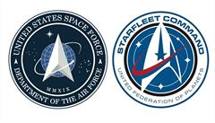 Jako ze Star Treku. Vesmírné síly Spojených států představily svou novou vlajku