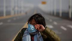 'Musíme vydržet.' Wu-chan se chystá na život po koronaviru, zákaz vycházení trvá