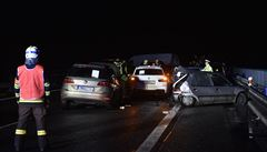 Hromadná nehoda 27 aut dočasně uzavřela 66. km na dálnici D10, provoz je obnoven