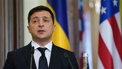 Ukrajinský prezident měl pozitivní test na koronavirus, bude pracovat v izolaci