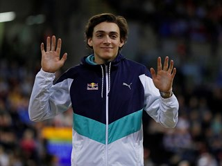 Švédský tyčkař Armand Duplantis po týdnu opět vylepšil světový rekord. V...