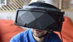 Čech má se svými 3D brýlemi úspěch v zahraničí. Kupuje je i americké letectvo
