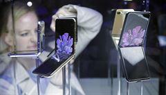 Samsung představil nové telefony řady Galaxy S20 a rozkládací 'véčko'. Jde o první modely podporující 5G