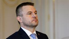 Slovensko zavede kontroly na hranicích s Rakouskem, na letištích budou cestujícím měřit teplotu