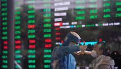 Čínská ekonomika oživila z koronavirového šoku. Ve druhém čtvrtletí vzrostla o 3,2 %