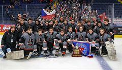 S českými hokejisty ovládli mládežnický svět. 'A teď musíme počkat, až dorostou,' láká kouč Jonák