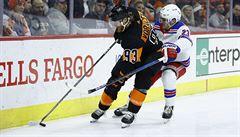VIDEO: Voráček řídil v NHL čtyřmi asistencemi výhru Philadeplhie nad Rangers, zářil i Francouz