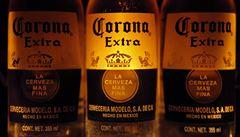Nečekaná oběť koronaviru: mexické pivo Corona je terčem mnoha vtipů, zájem o nákup klesá
