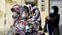 Koronavirus postihuje islámský svět. Zasáhl do voleb v Íránu, poutníci ze zahraničí nesmí do Mekky a Medíny
