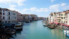 Po pádu v luxusním hotelu v Benátkách zemřel slovenský turista, jednalo se nejspíše o neštěstí či sebevraždu