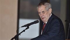 Klíčem k míru je dialog, vzkázal Zeman v kondolenčním dopisu starostovi Hirošimy