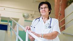 Nákaze nahrává špatná výživa, seniorům chybí hlavně vitamíny, upozorňuje přednostka kliniky Kubešová