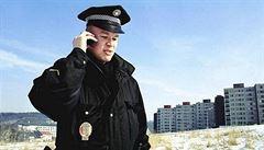 Úterní LN: Strážníci měli posílit, ale vnitro teď couvá