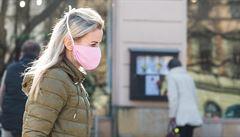 Ve čtvrtek přibylo v Česku opět přes 350 lidí nakažených koronavirem, v týdnu jich bylo přes šestnáct set