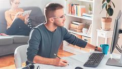 ZVĚŘINA: Domácí tele. Home office může být sociálně-pracovní pastí