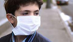 Bulharsko vrací povinnost nosit roušky. Reaguje tak na rekordní nárůst nakažených lidí