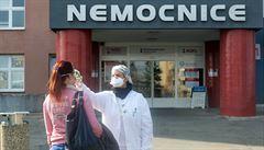 Prostějovská nemocnice propustila druhého pacienta vyléčeného z nákazy koronavirem v Olomouckém kraji
