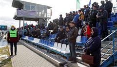 Bělorusku narůstá počet mrtvých, fotbalová liga ale běží dál. Vložit se do toho musela WHO