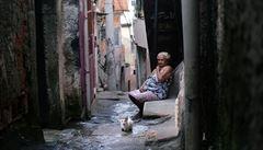 Zavádíme karanténu, oznámily brazilské gangy. Pomohou s dodržováním zákazu vycházení