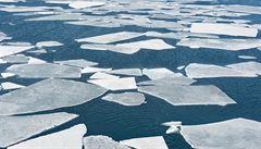 Hladiny oceánů rostou rychleji, než se odhadovalo. Vědci varují před hrozivými následky